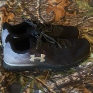Under Armour Charged Patriot Shoes